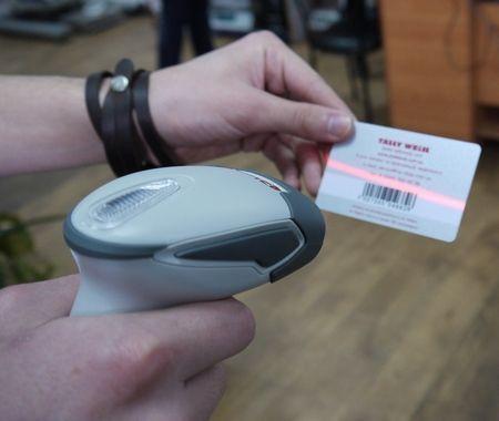 Штрих код на человека в больнице